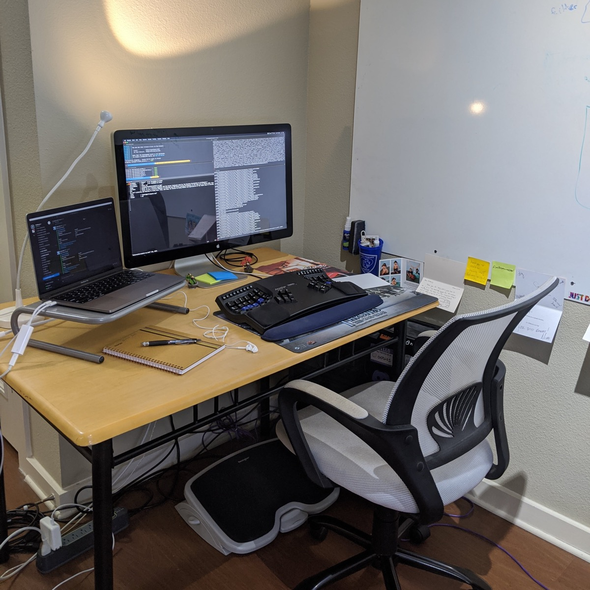 images/wfh-developer-office-desk.jpg